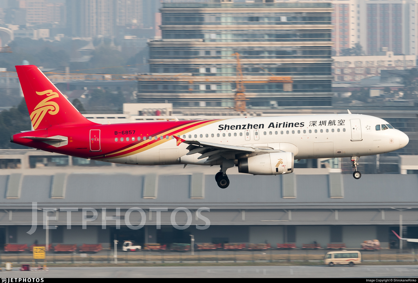 B-6857 - Airbus A320-232 - Shenzhen Airlines