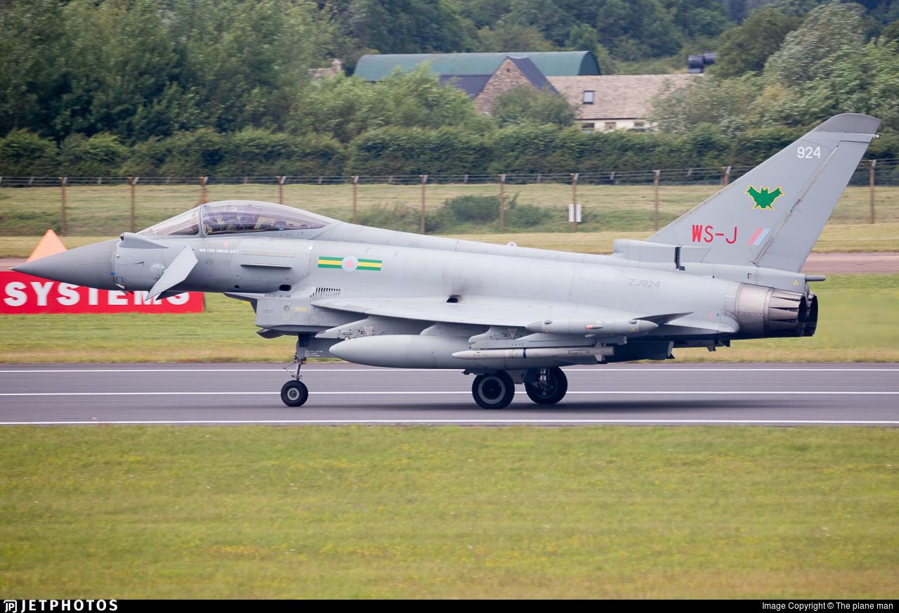 ZJ924 | Eurofighter Typhoon FGR 4 | United Kingdom - Royal