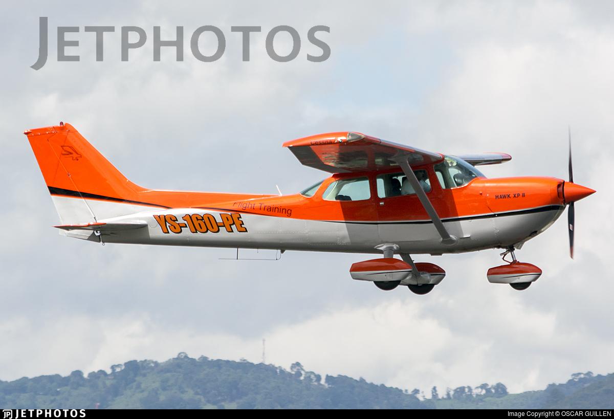 YS-160-PE - Cessna R172K Hawk XP II - Private