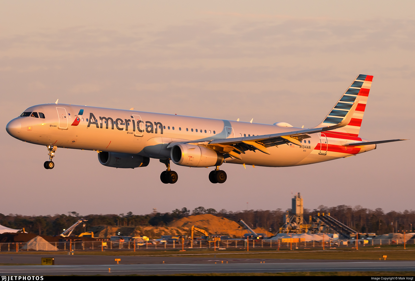 N134AN - Airbus A321-231 - American Airlines
