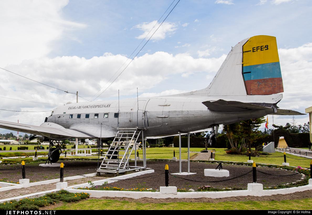 FAE4338 - Douglas DC-3 - Ecuador - Air Force
