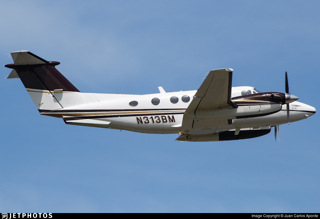 N313BM - Beechcraft 200CGT King Air - Private