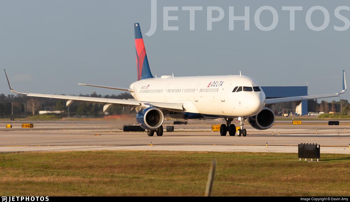 N381DZ - Airbus A321-211 - Delta Air Lines