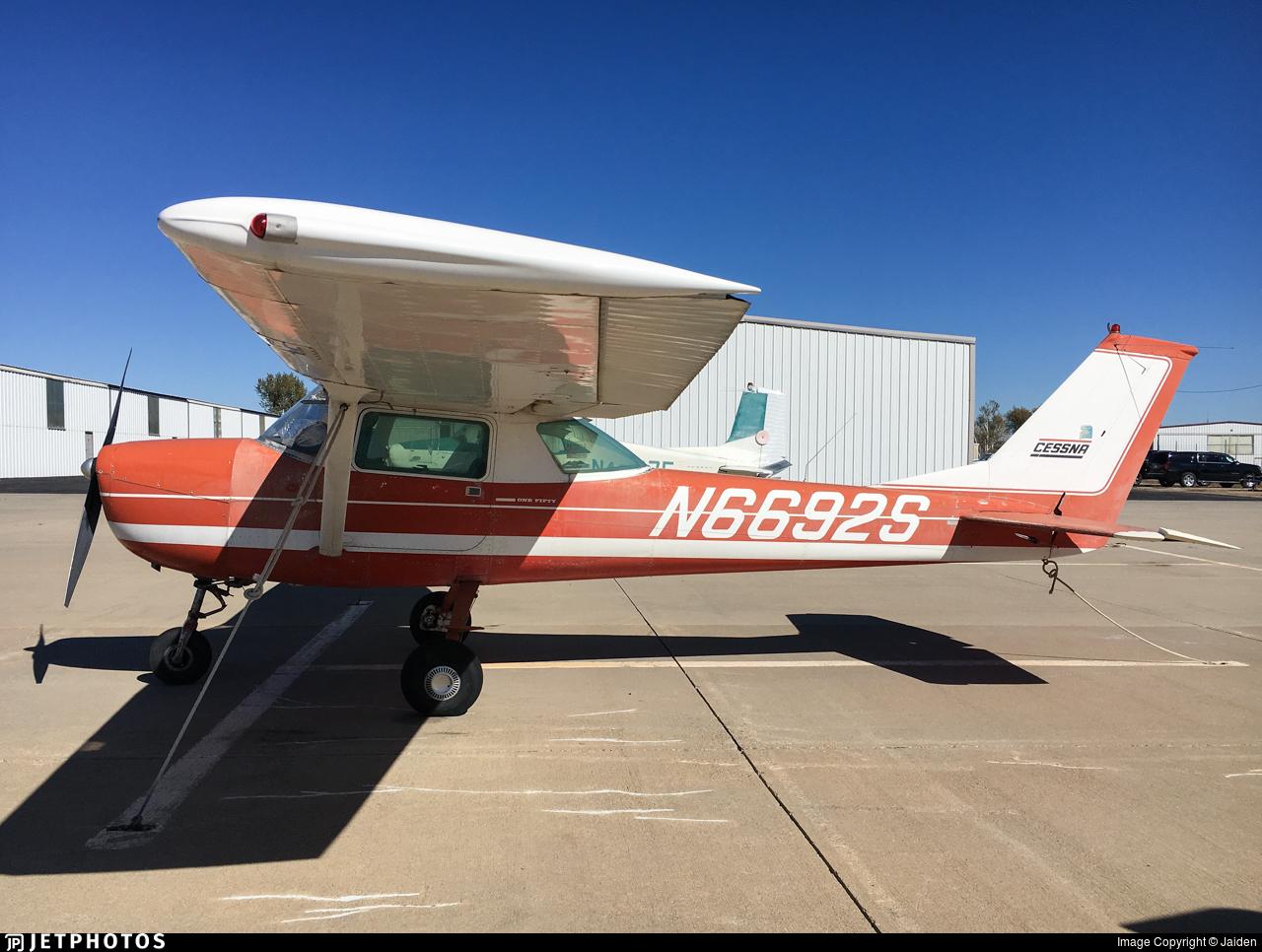 N6692S - Cessna 150M - Private