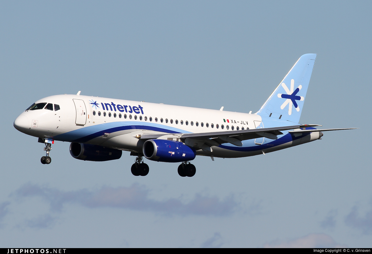 XA-JLV - Sukhoi Superjet 100-95B - Interjet