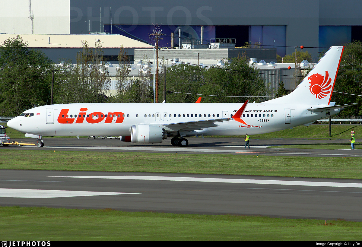 Boeing 737-9 MAX - Lion Air | JetPhotos