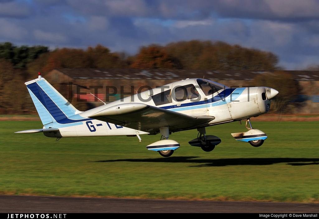G-TEWS - Piper PA-28-140 Cherokee B - Private