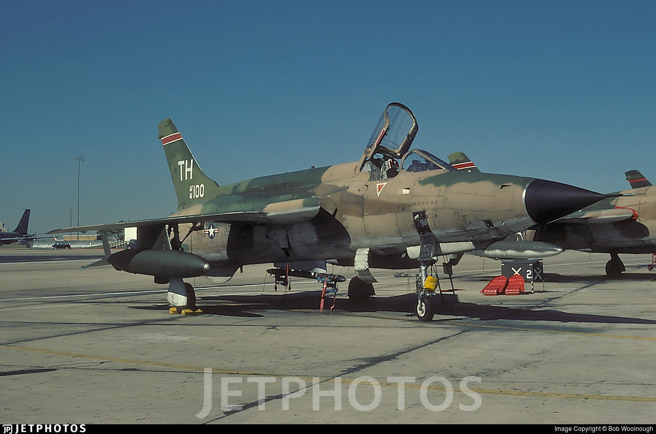 61-0100 | Republic F-105D Thunderchief | United States - US Air ...