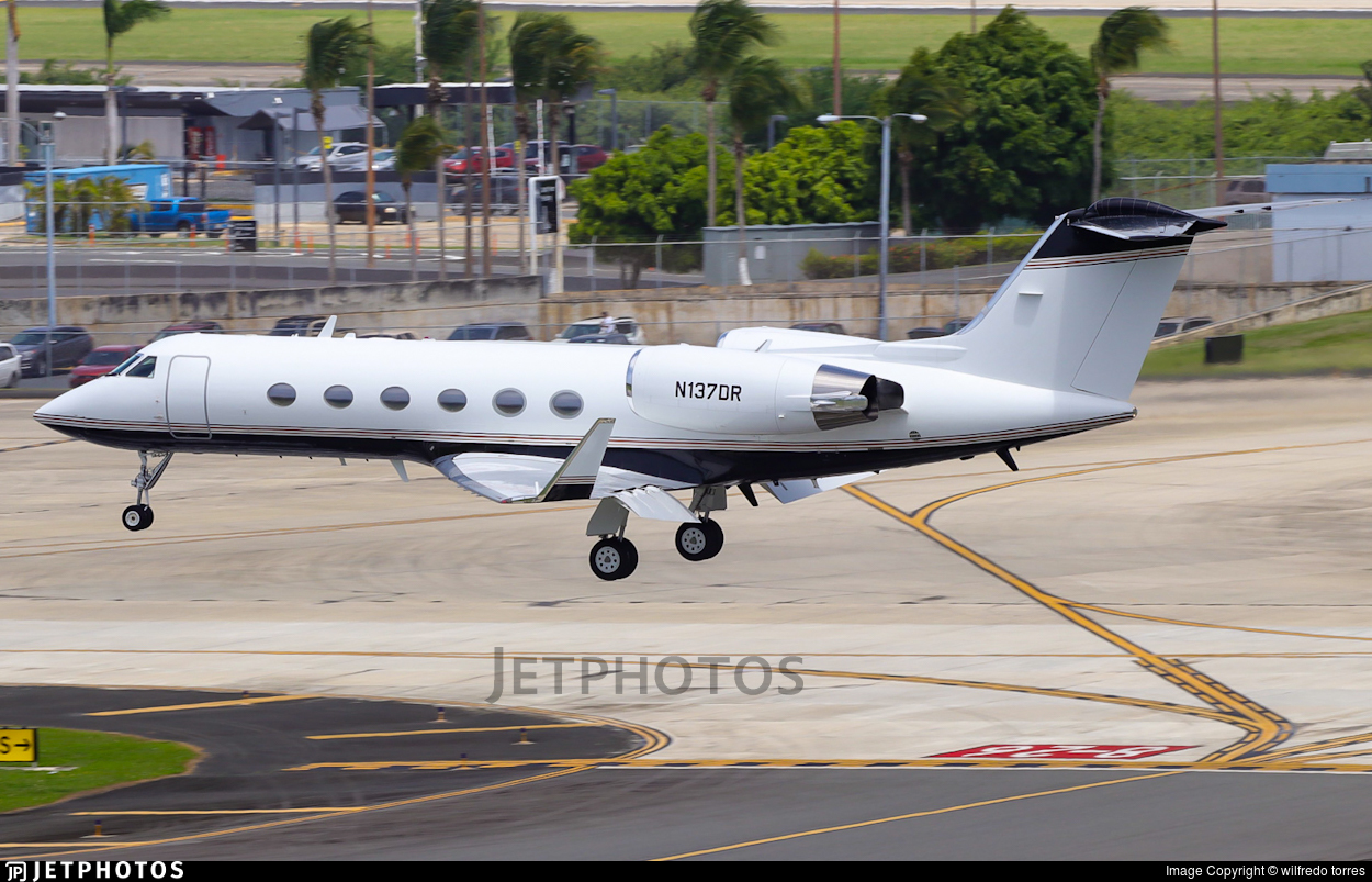 N137DR  - Gulfstream G-IV(SP) - Private