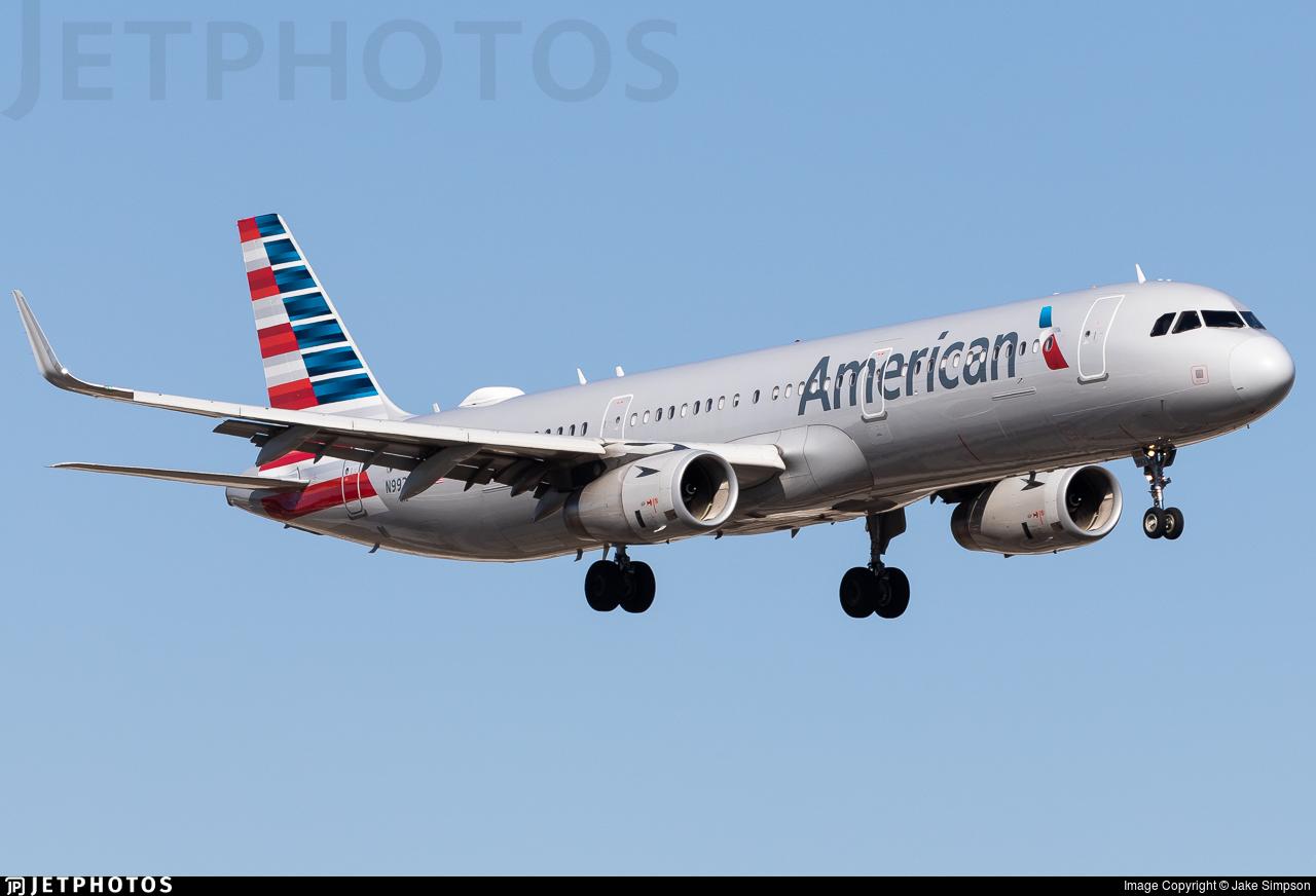 N992AU - Airbus A321-231 - American Airlines