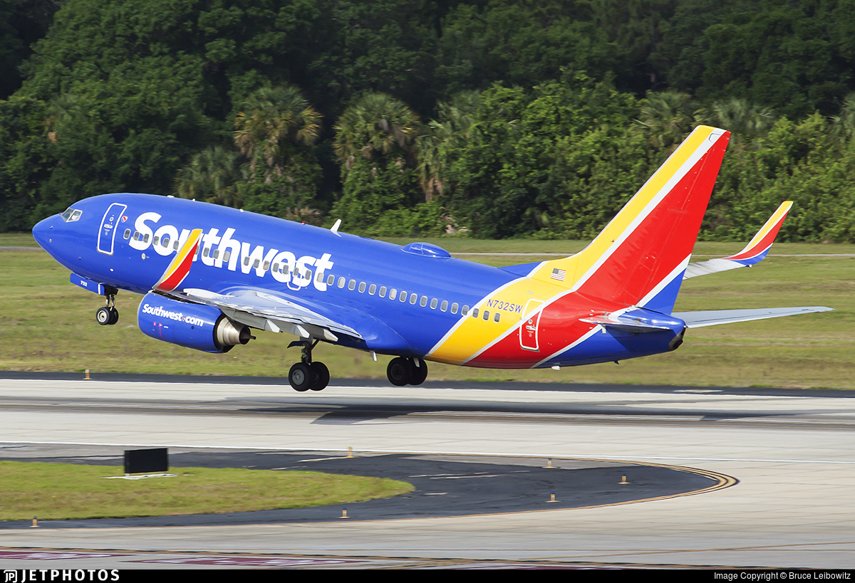 N732SW - Boeing 737-7H4 - Southwest Airlines