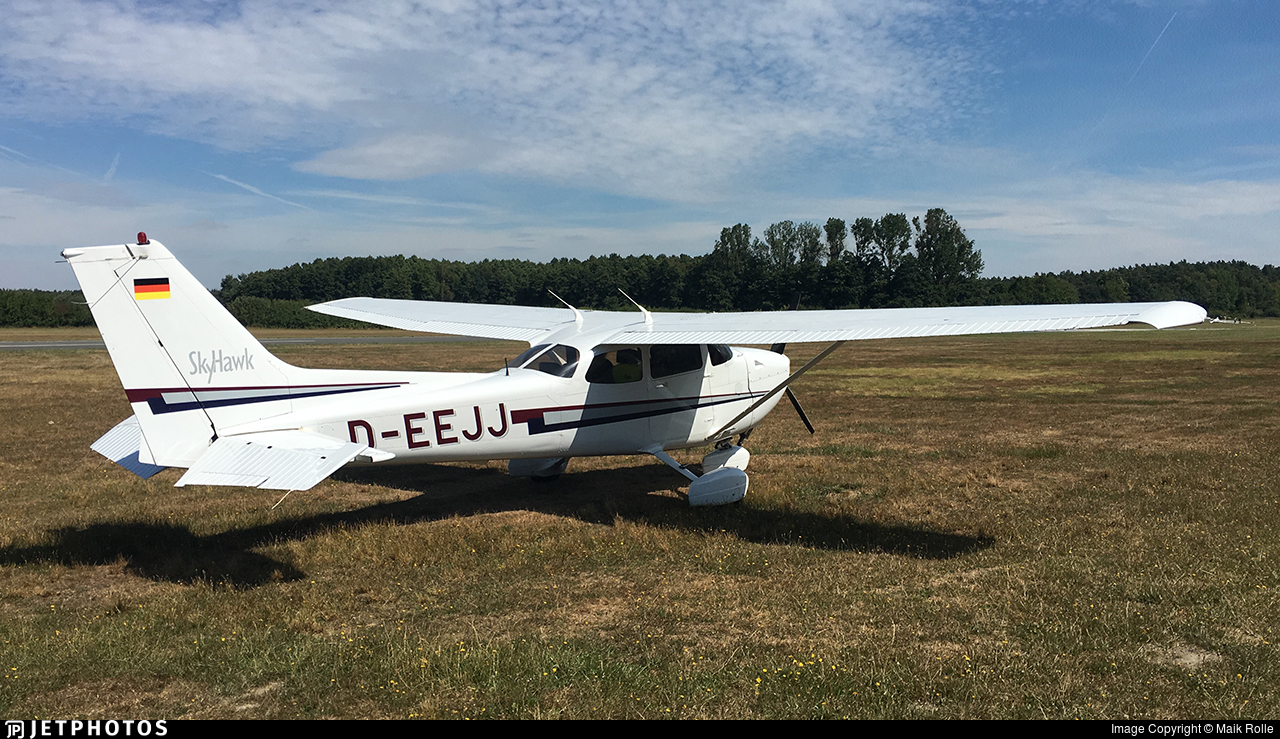 D-EEJJ - Cessna 172R Skyhawk II - Private