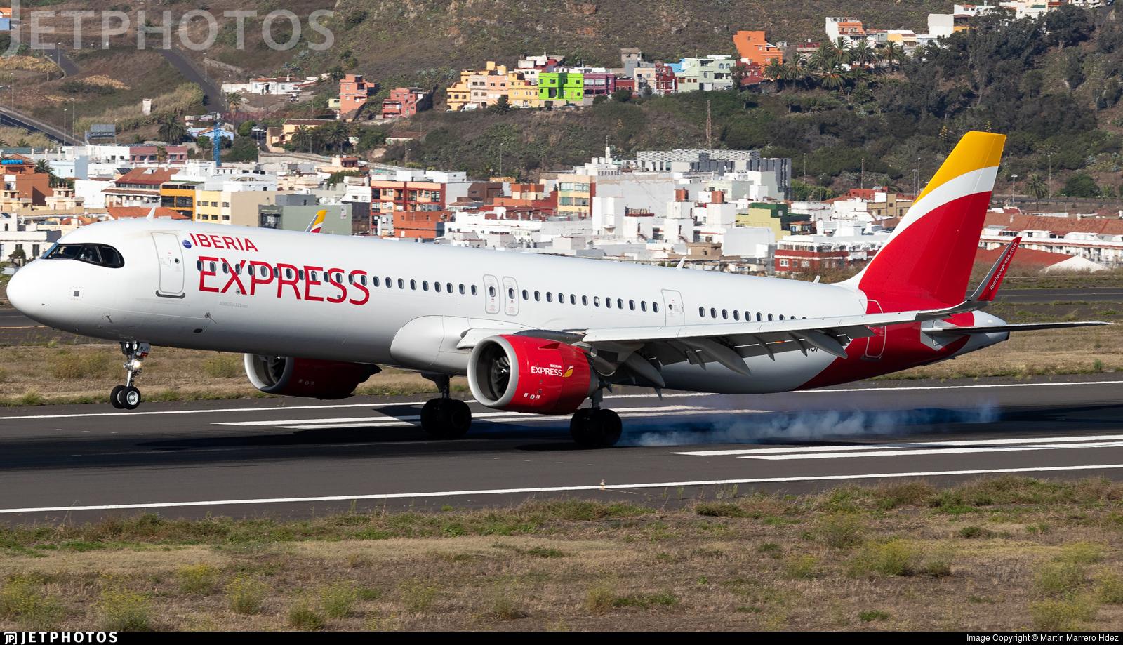 EC-NJI - Airbus A321-251NX - Iberia Express