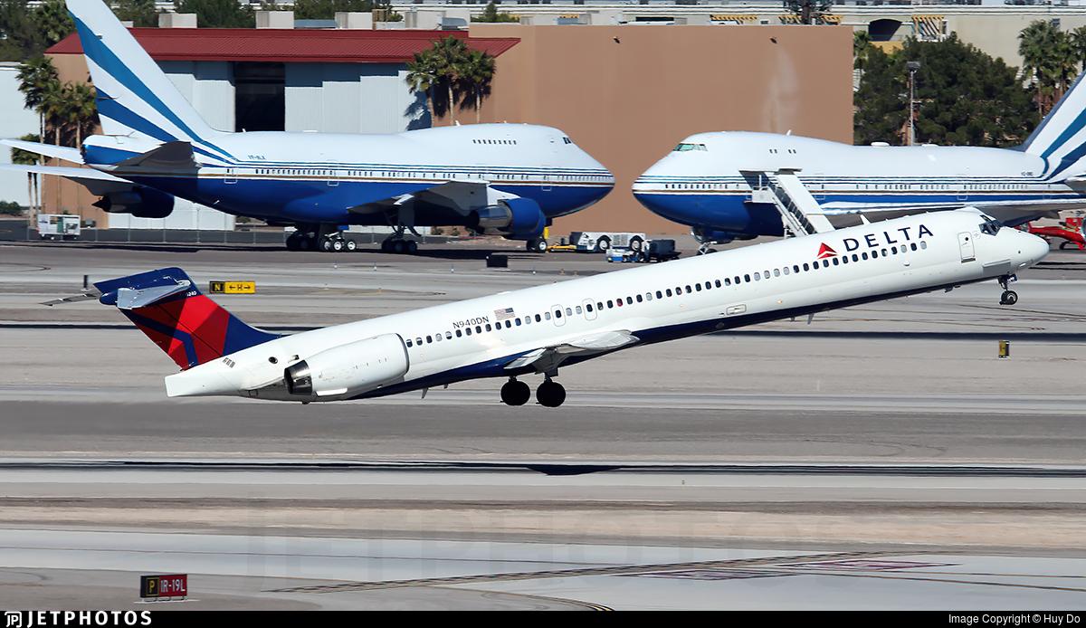 N940DN - McDonnell Douglas MD-90-30 - Delta Air Lines