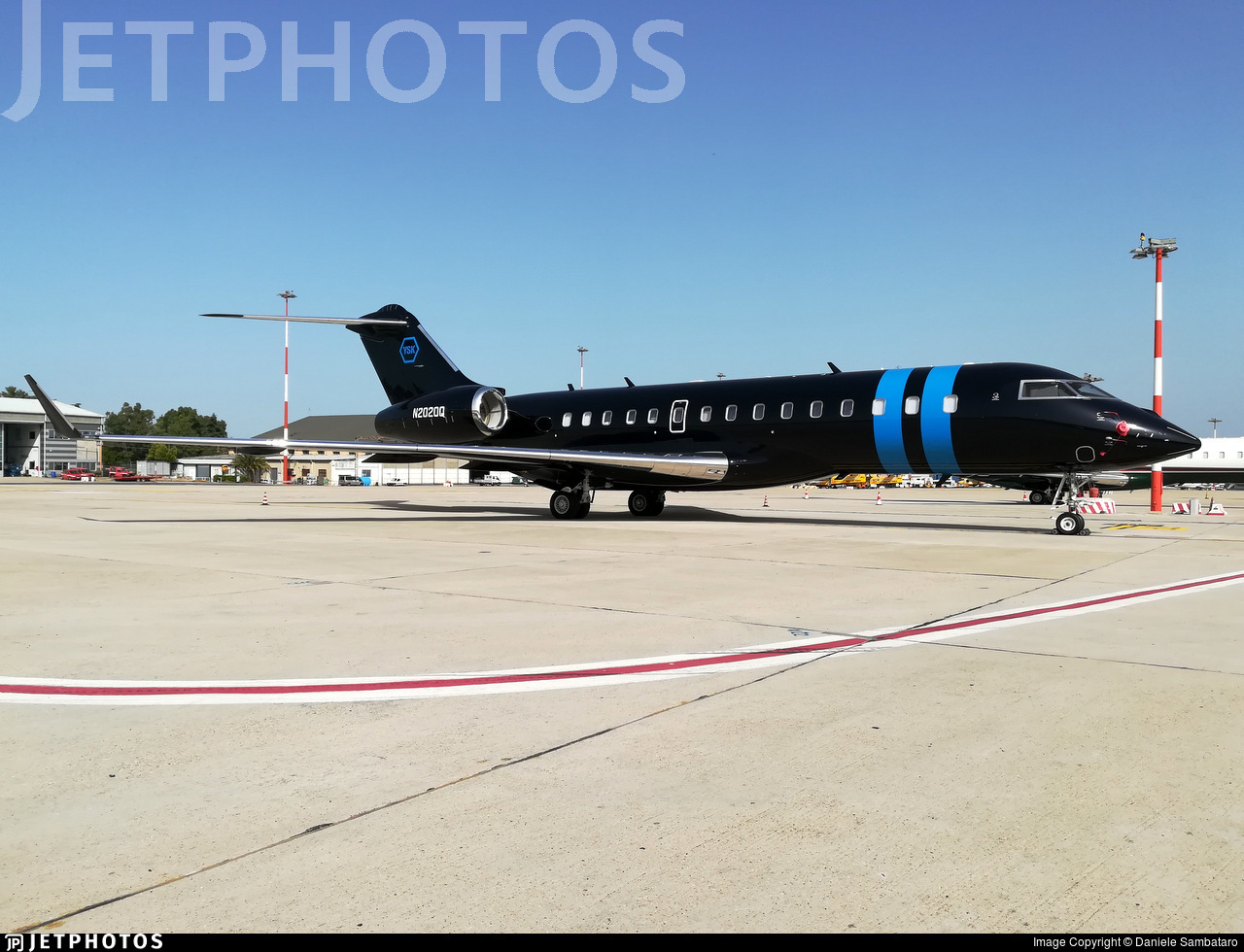 N2020Q - Bombardier BD-700-1A10 Global Express - Private