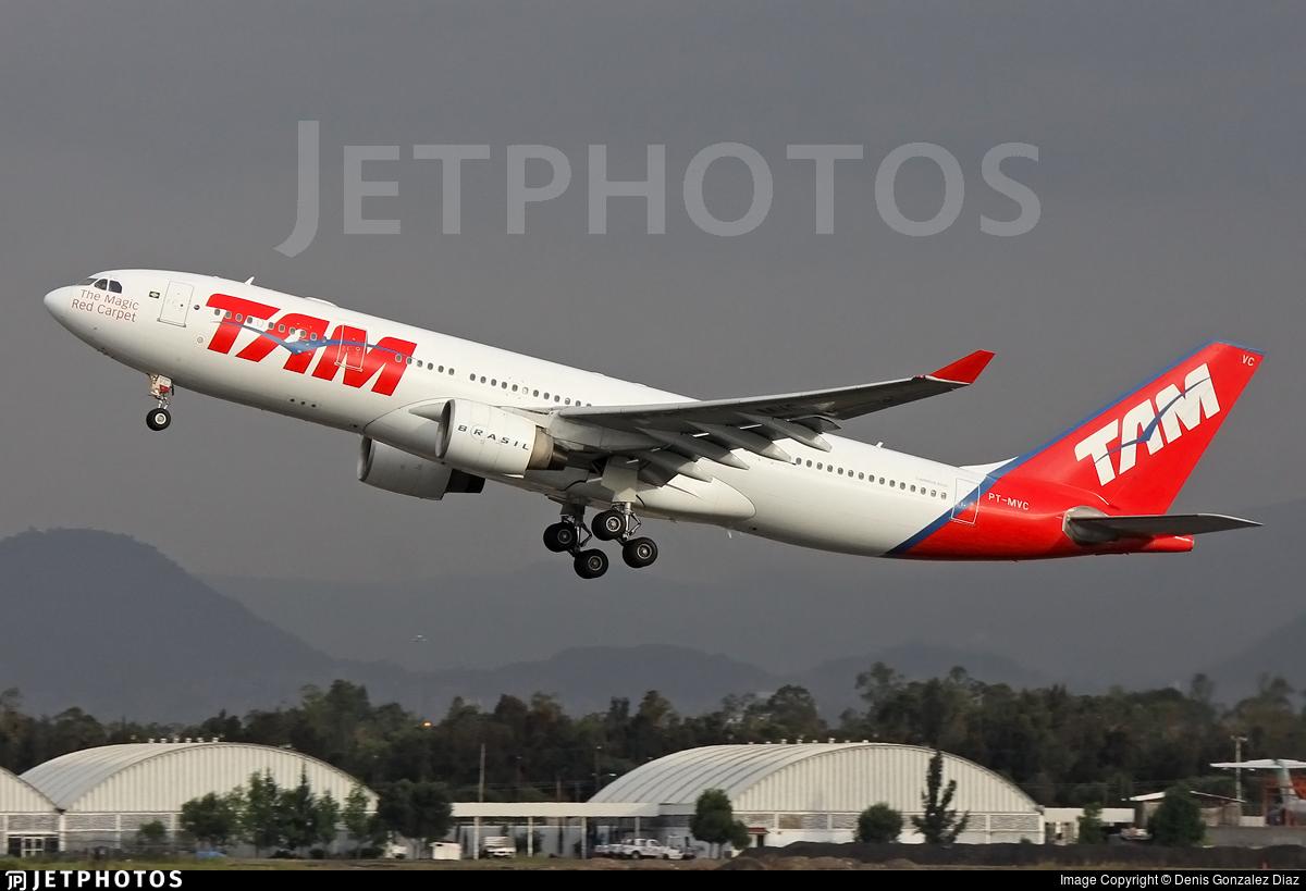 PT-MVC - Airbus A330-223 - TAM Linhas Aéreas