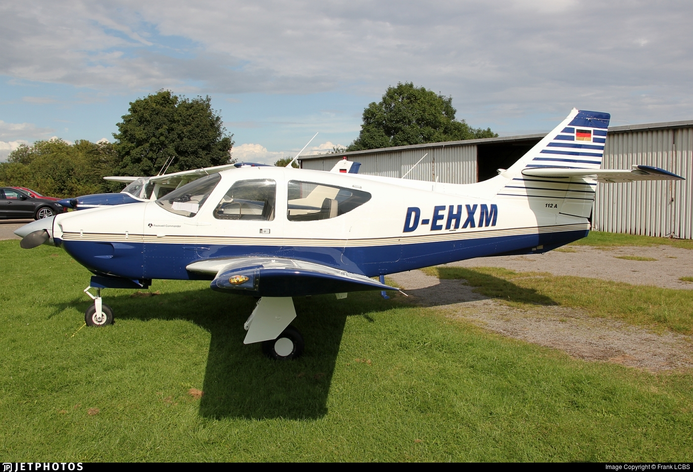 D-EHXM - Rockwell Commander 112A - Private