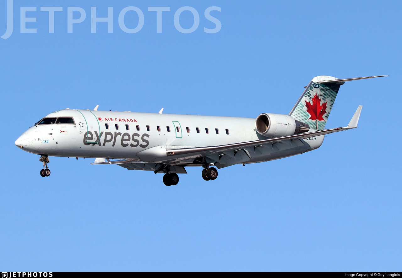 C-GZJA - Bombardier CRJ-200ER - Air Canada Express (Jazz Aviation)