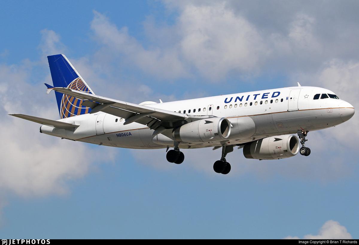 N806UA - Airbus A319-131 - United Airlines
