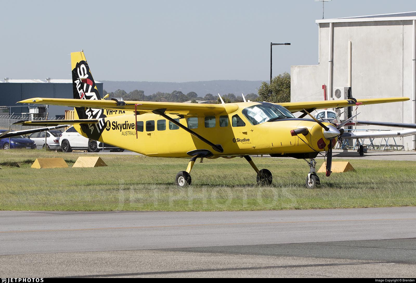 VH-FMX - Cessna 208B Grand Caravan - Skydive Australia