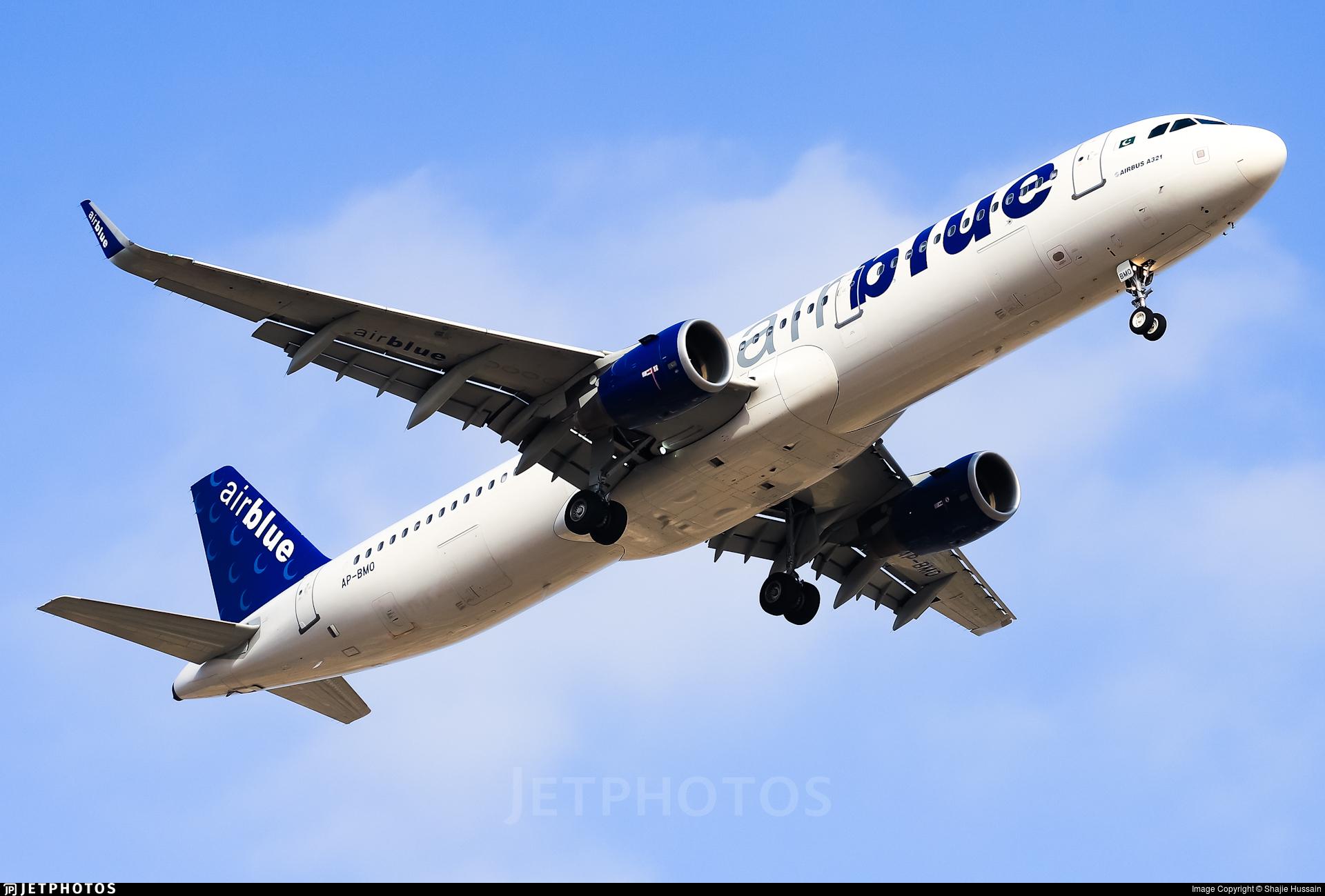 AP-BMO - Airbus A321-211 - AirBlue