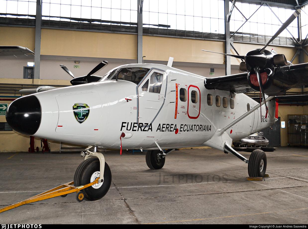 FAE452 - De Havilland Canada DHC-6-300 Twin Otter - Ecuador - Air Force