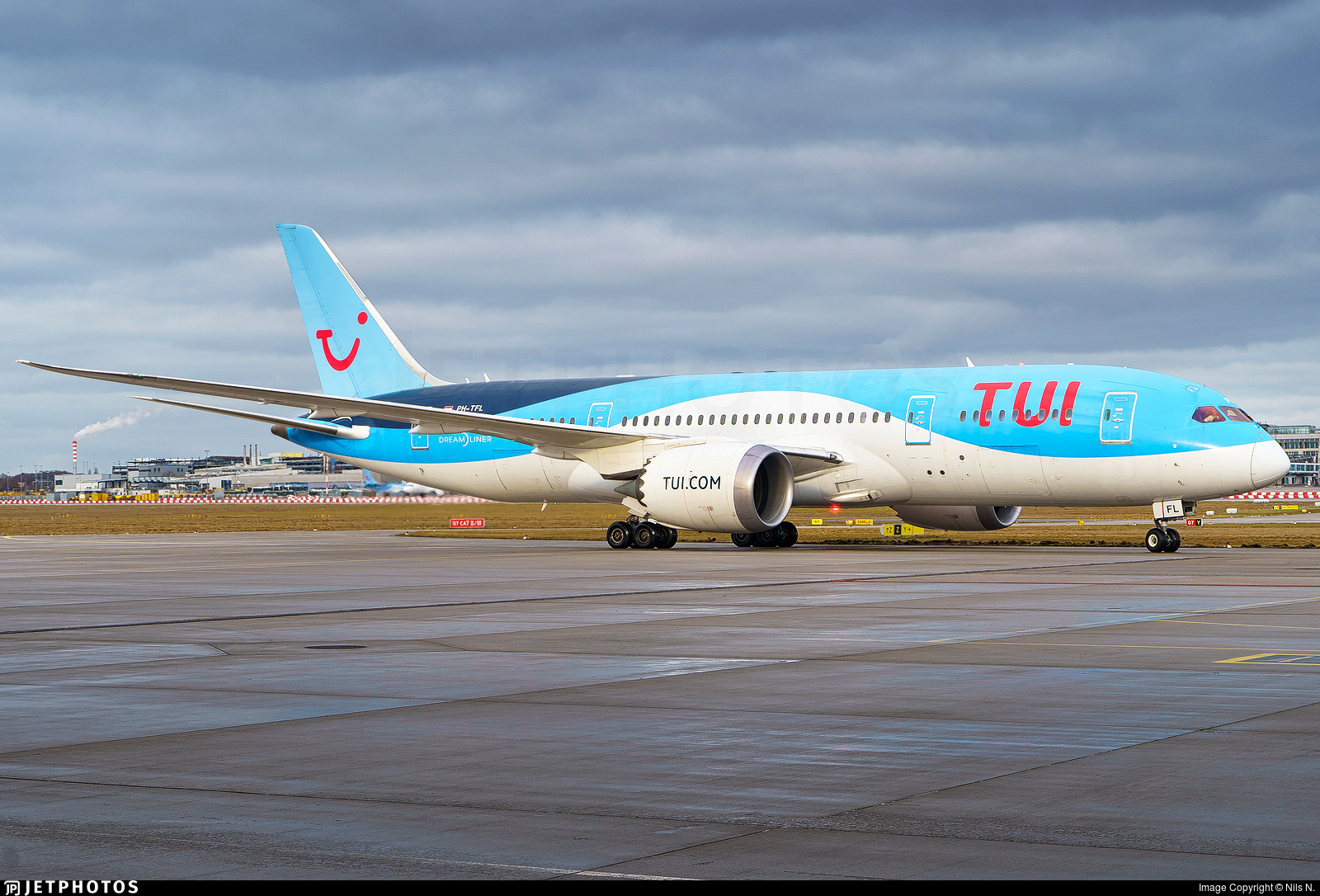 PH-TFL - Boeing 787-8 Dreamliner - TUI