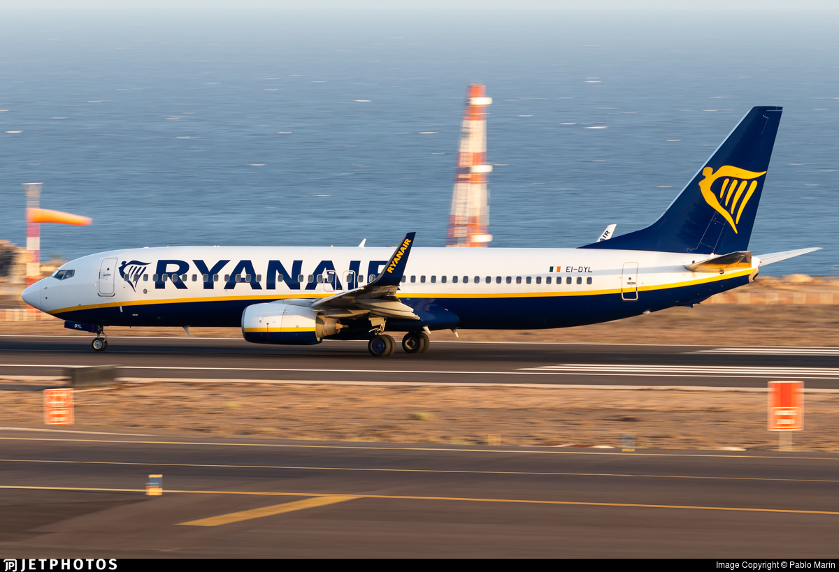 EI-DYL - Boeing 737-8AS - Ryanair