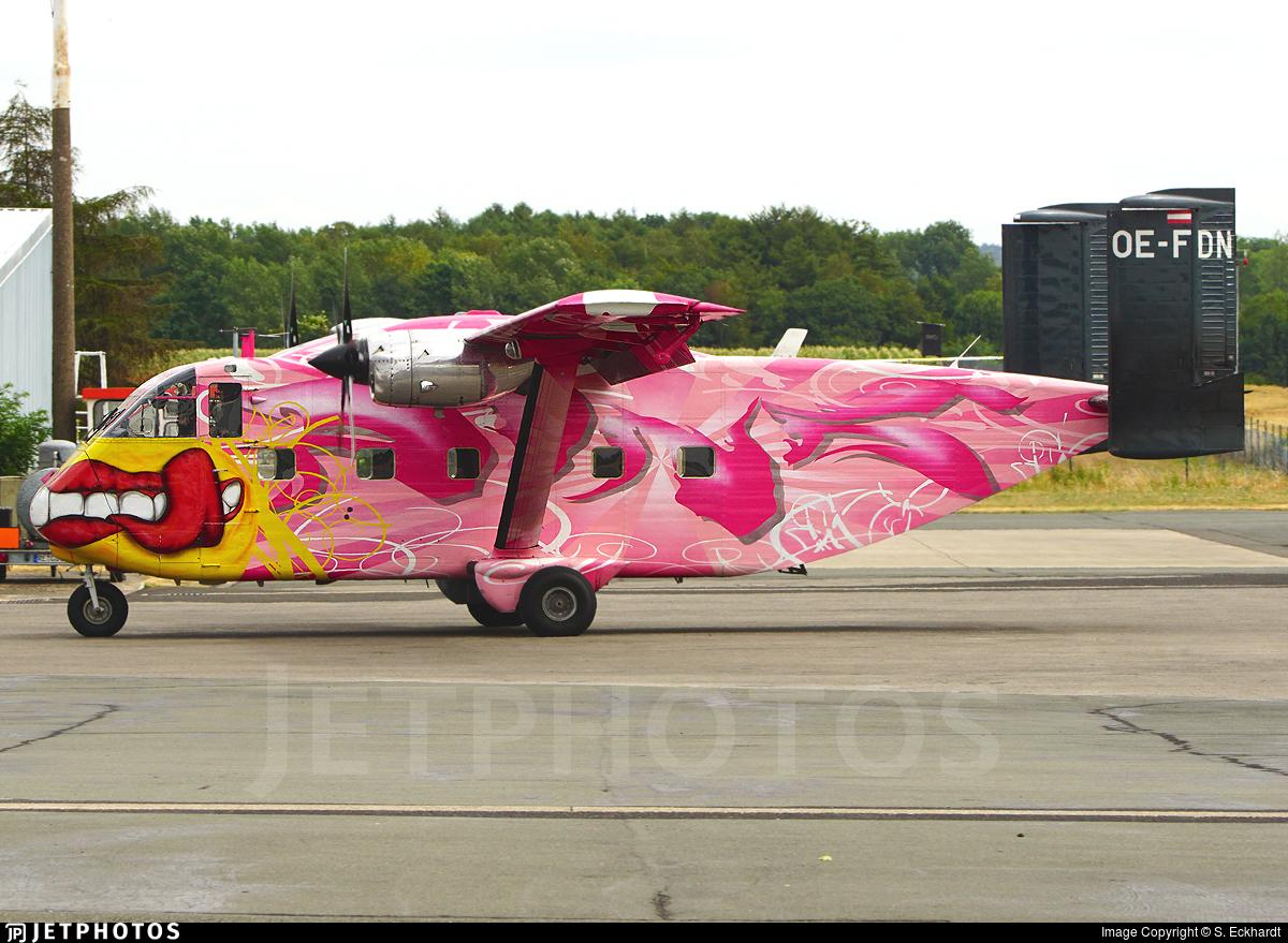 OE-FDN - Short SC-7 Skyvan 3-100 - Pink Aviation