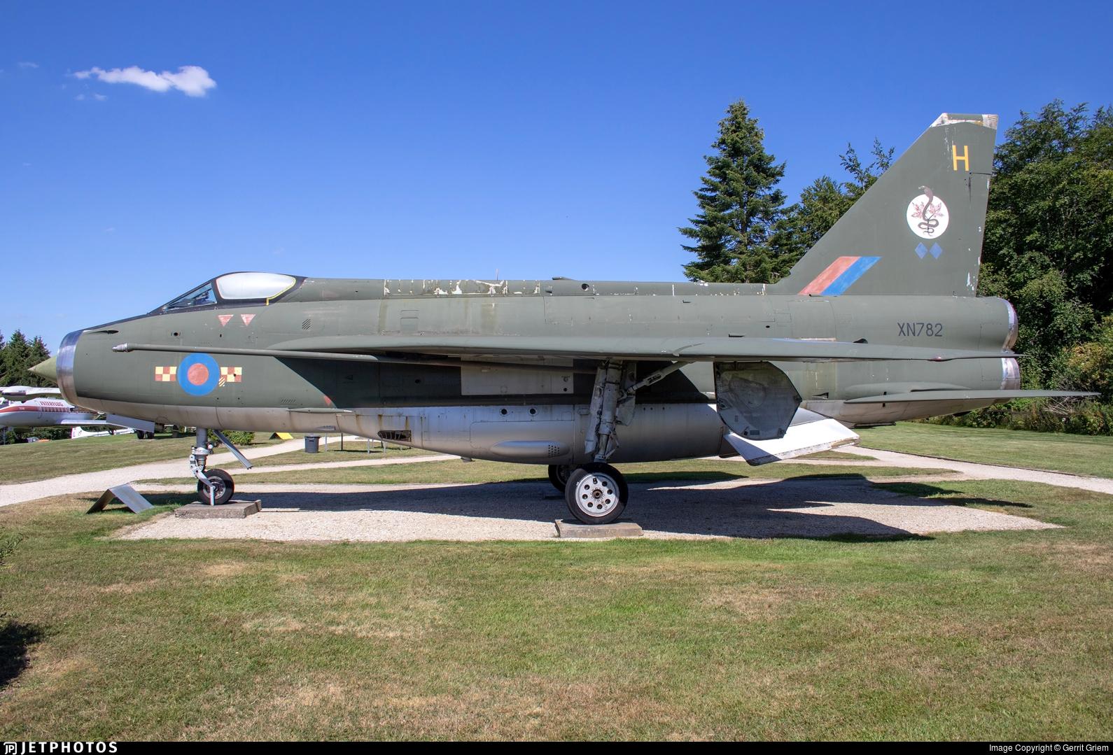 XN782 - English Electric Lightning F.2A - United Kingdom - Royal Air Force (RAF)