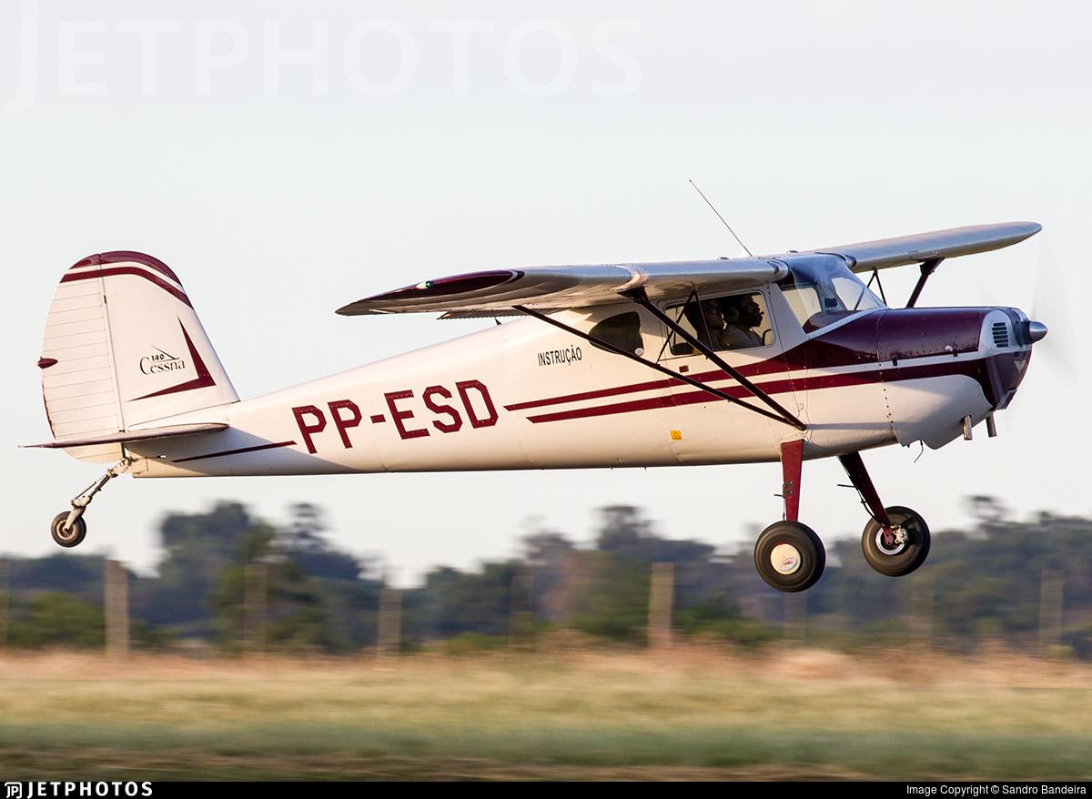PP-ESD - Cessna 140 - Private