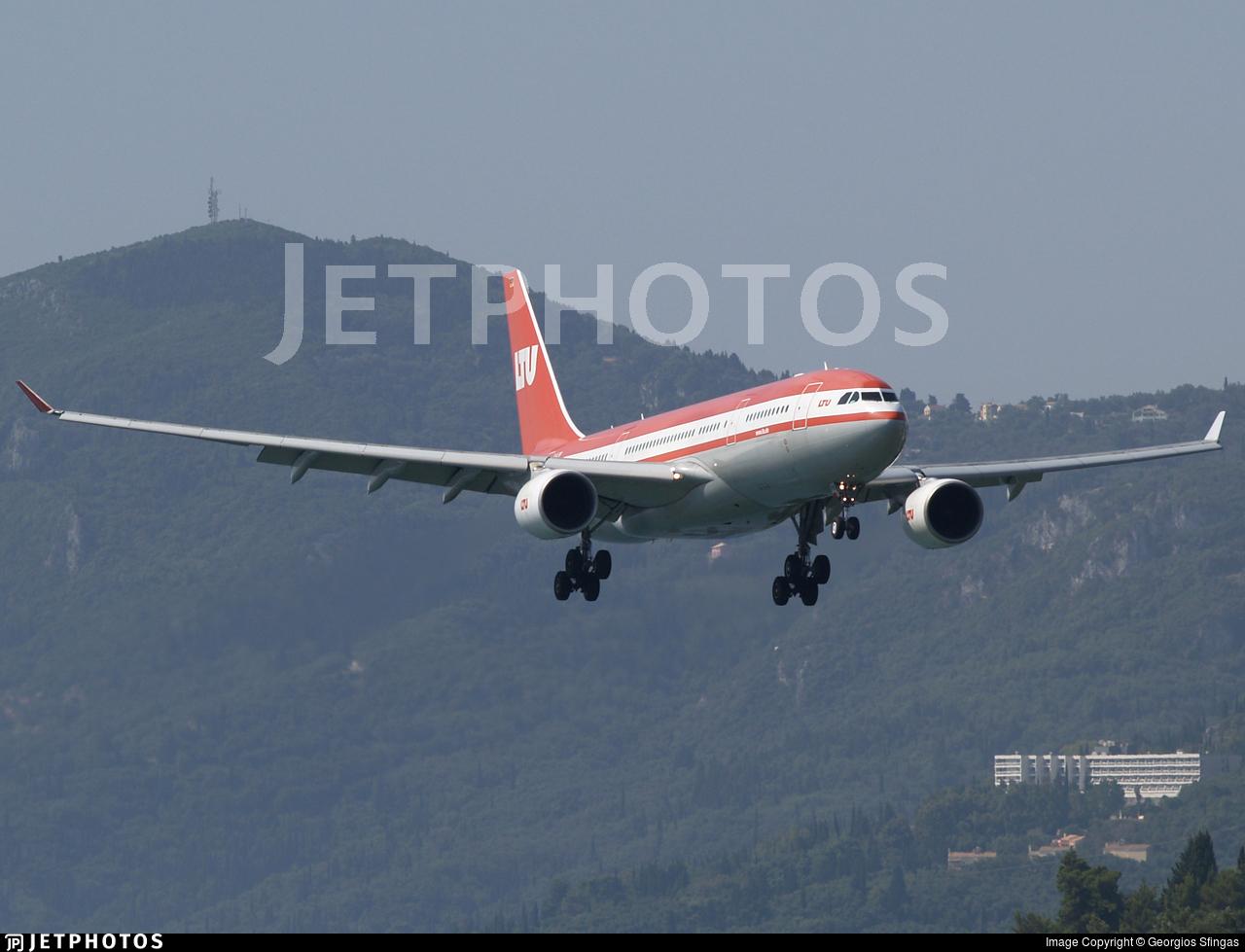 D-ALPB - Airbus A330-223 - LTU