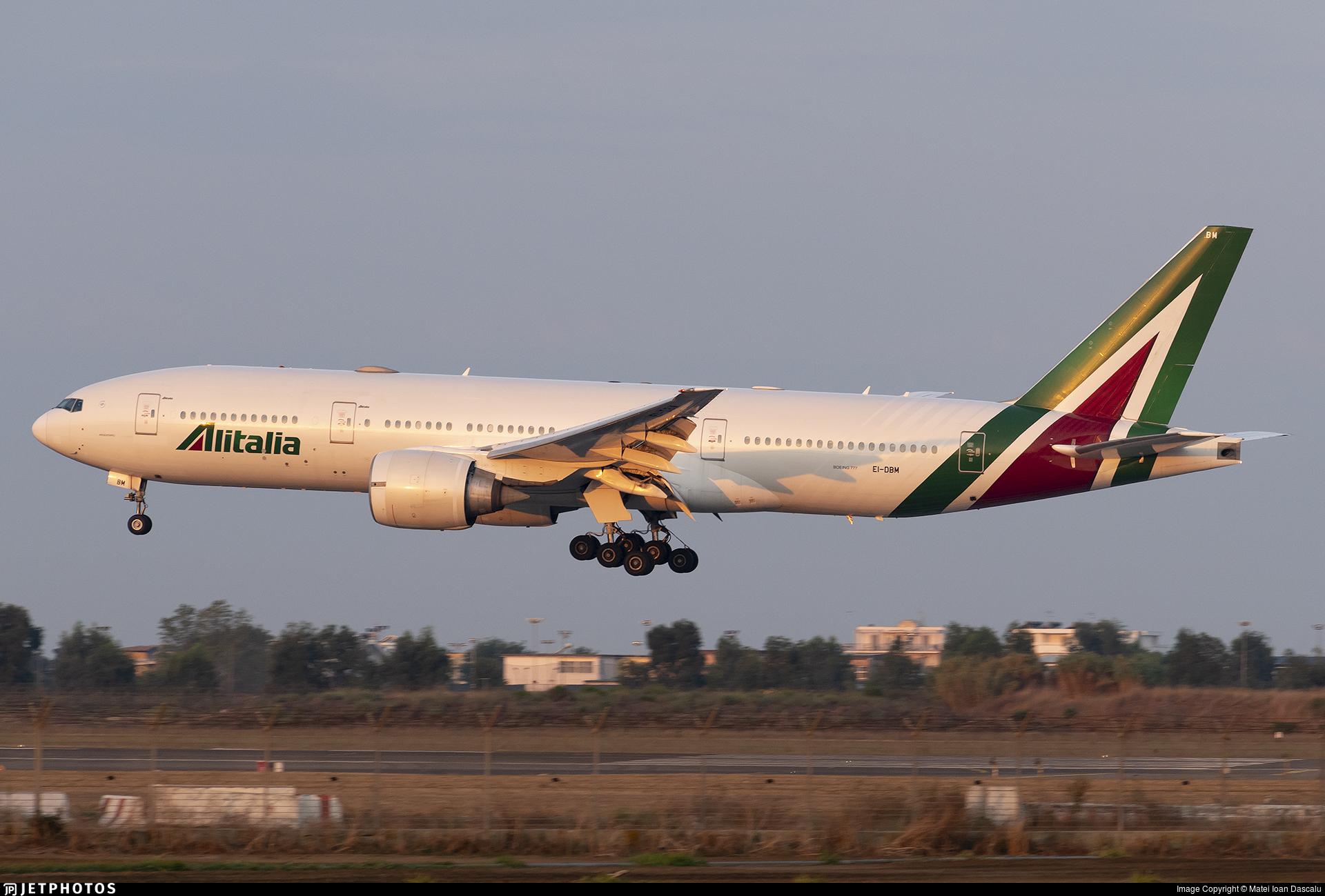 EI-DBM - Boeing 777-243(ER) - Alitalia