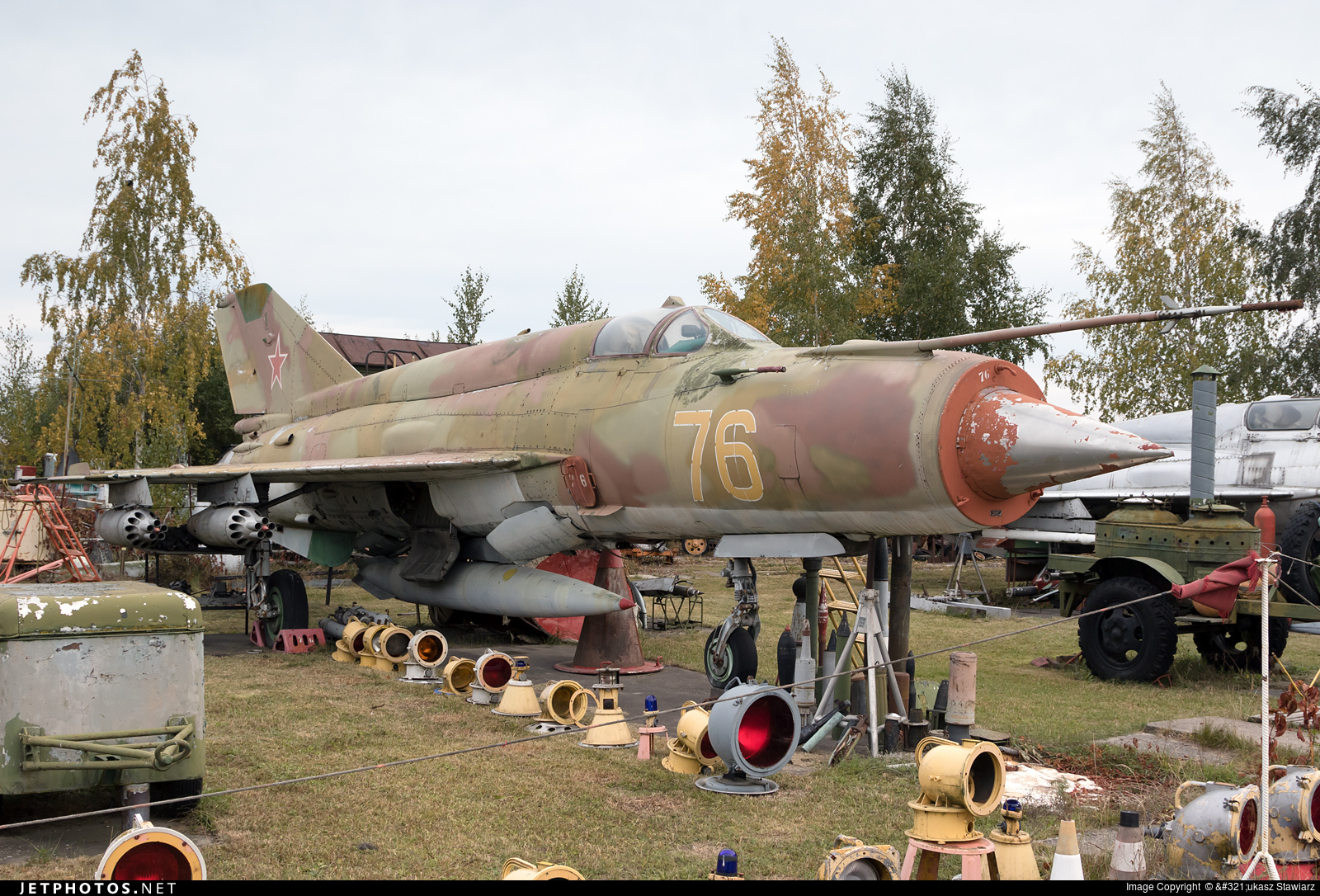 76 - Mikoyan-Gurevich MiG-21 Fishbed - Russia - Air Force