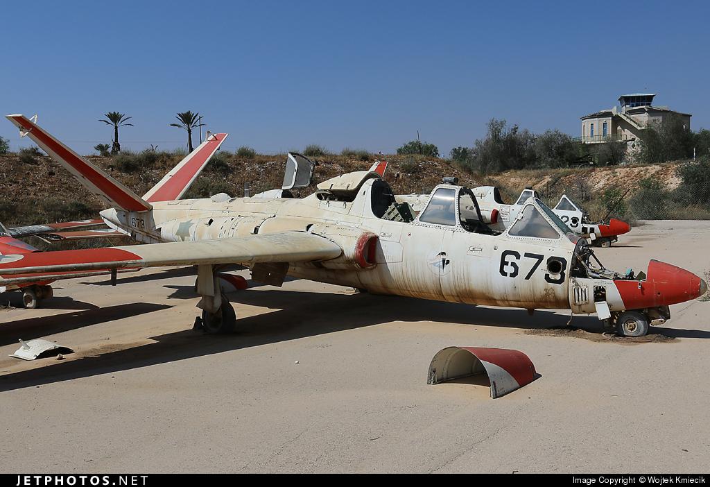 673 - Fouga CM-170 Tzukit - Israel - Air Force