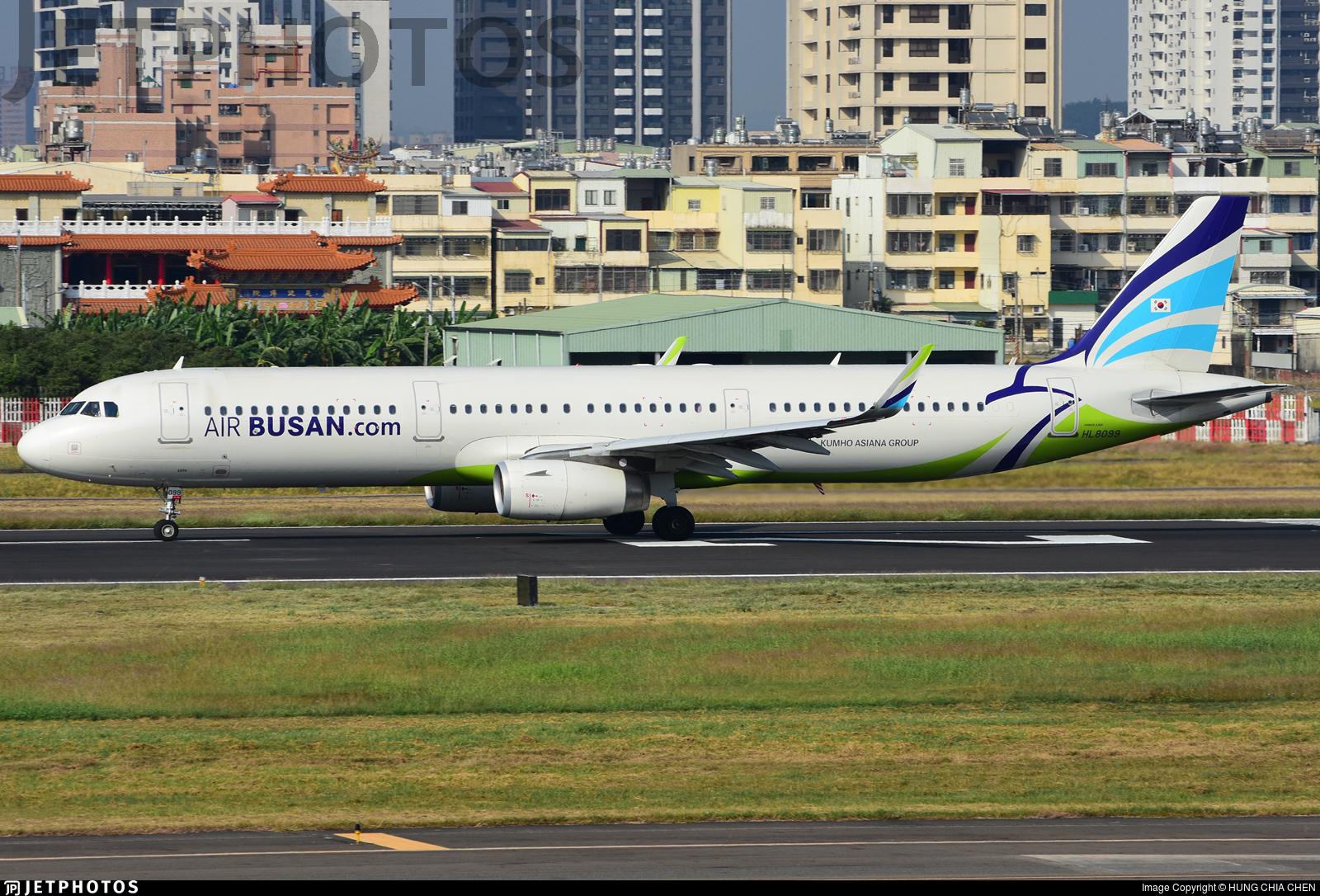 HL8099 - Airbus A321-231 - Air Busan