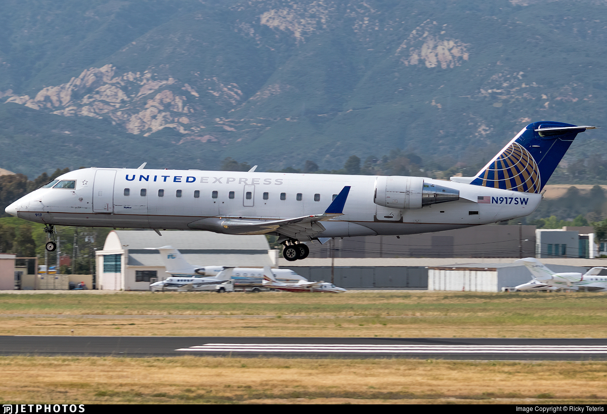 N917SW - Bombardier CRJ-200ER - United Express (SkyWest Airlines)