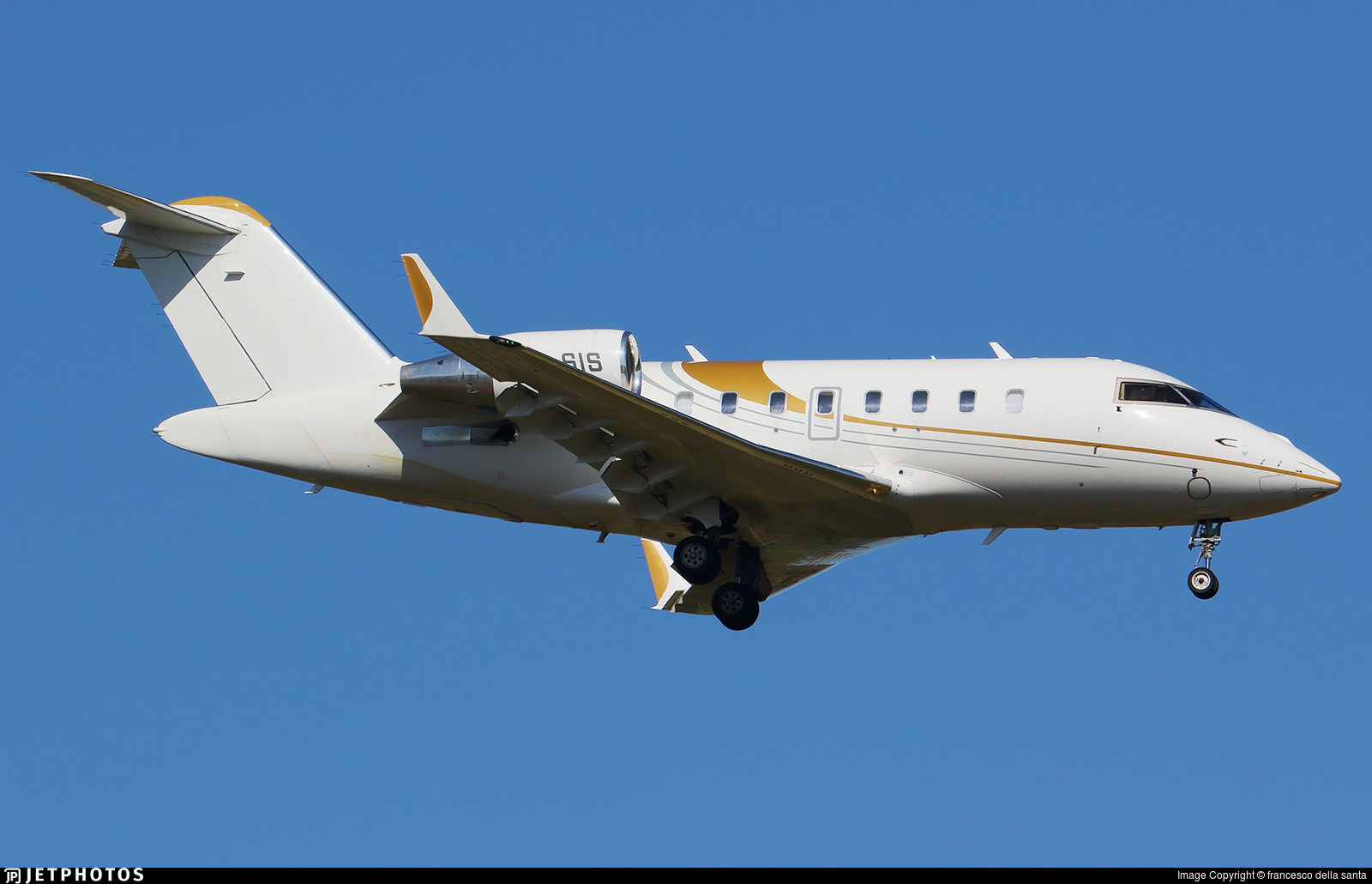 9H-SIS - Bombardier CL-600-2B16 Challenger 650 - Elitavia Malta