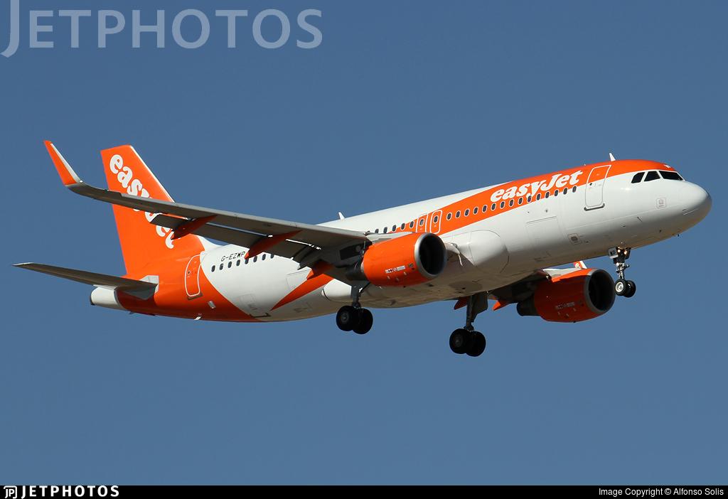 G-EZWP - Airbus A320-214 - easyJet