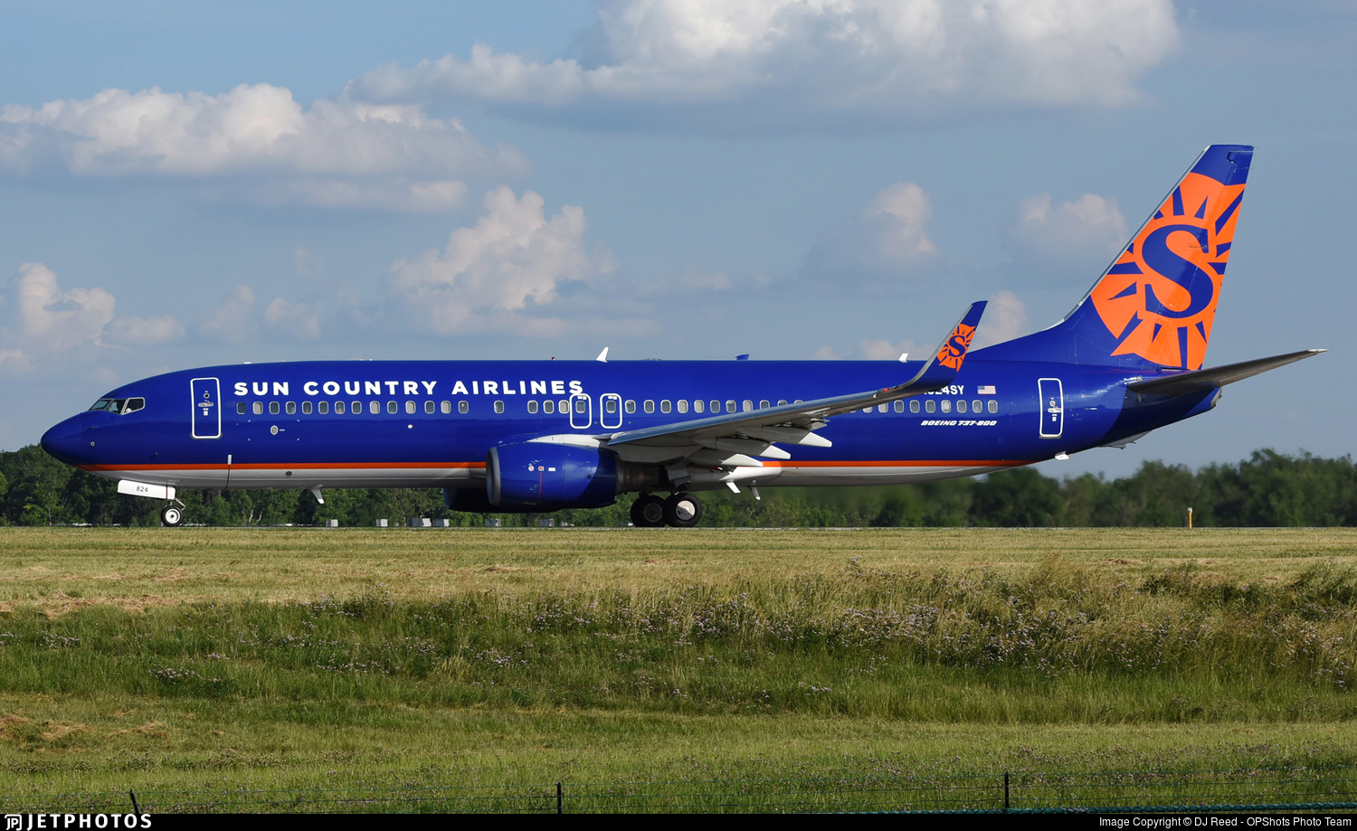 N824SY - Boeing 737-85P - Sun Country Airlines