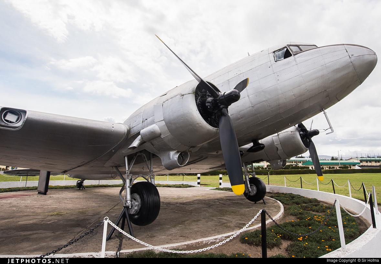 FAE4341 - Douglas DC-3 - Ecuador - Air Force