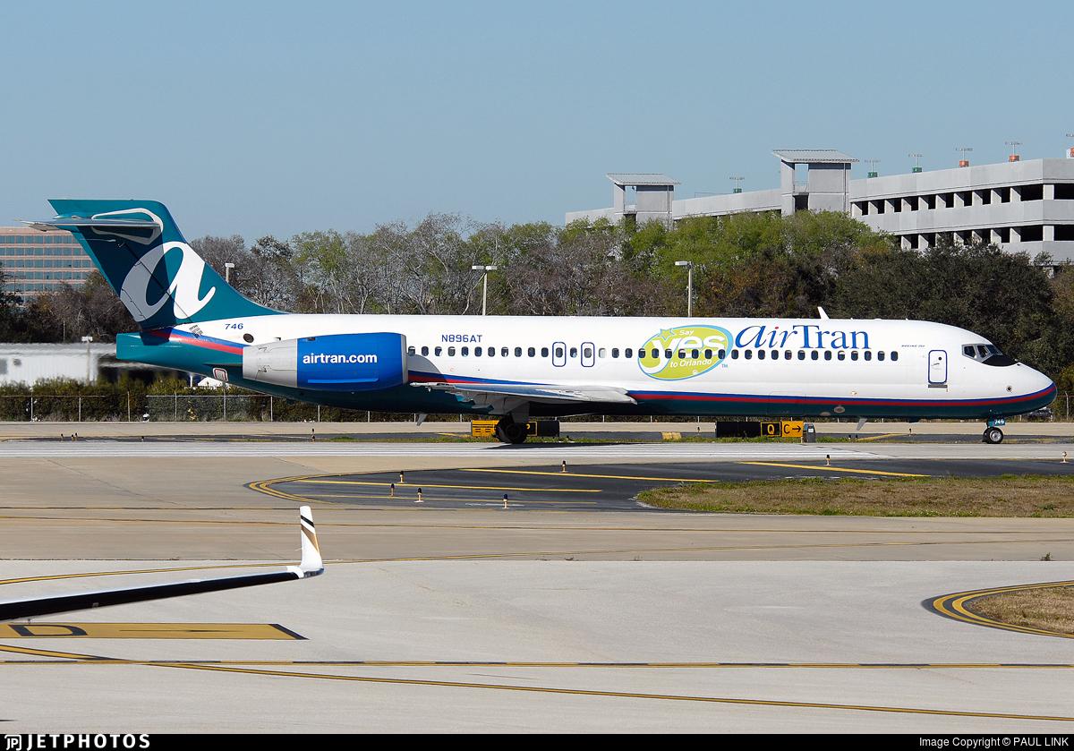 N896AT - Boeing 717-2BD - airTran Airways