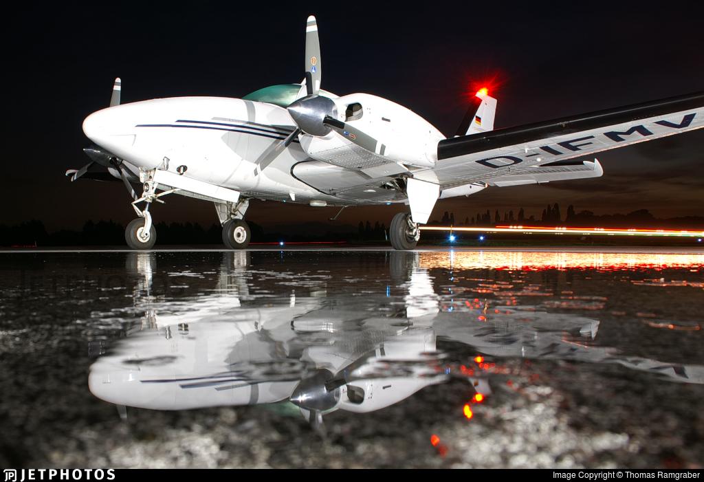 D-IFMV - Beechcraft 58 Baron - Private