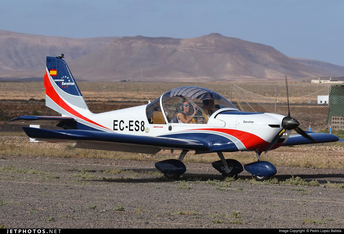 EC-ES8 - Evektor EV97 Eurostar - Private