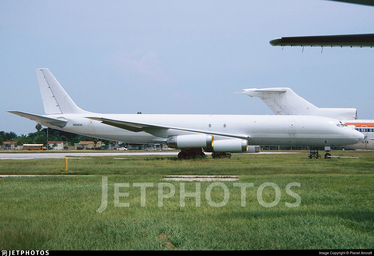 N66656 - Douglas DC-8-62(F) - Untitled