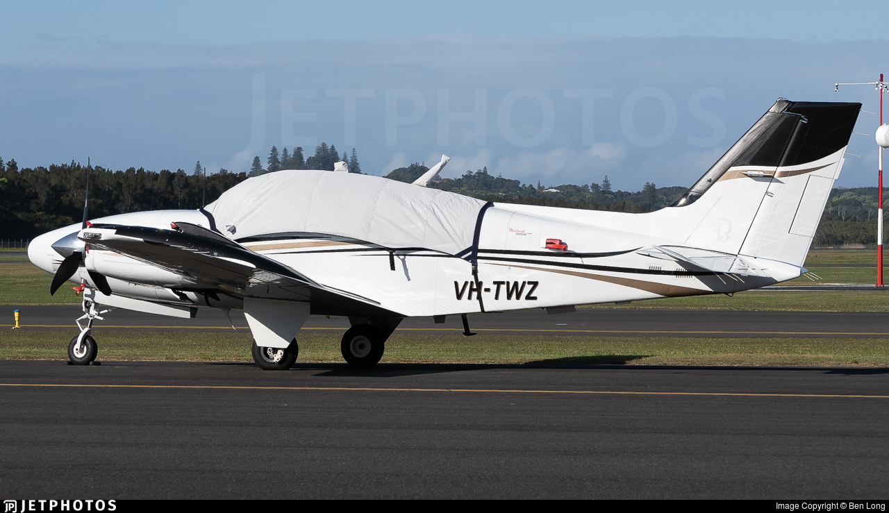 VH-TWZ - Beechcraft G58 Baron - Private