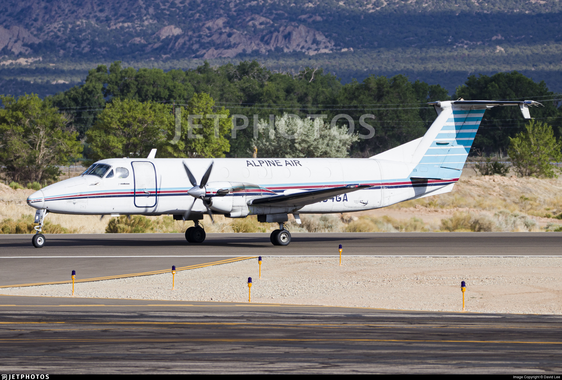 N154GA - Beechcraft 1900C - Alpine Air