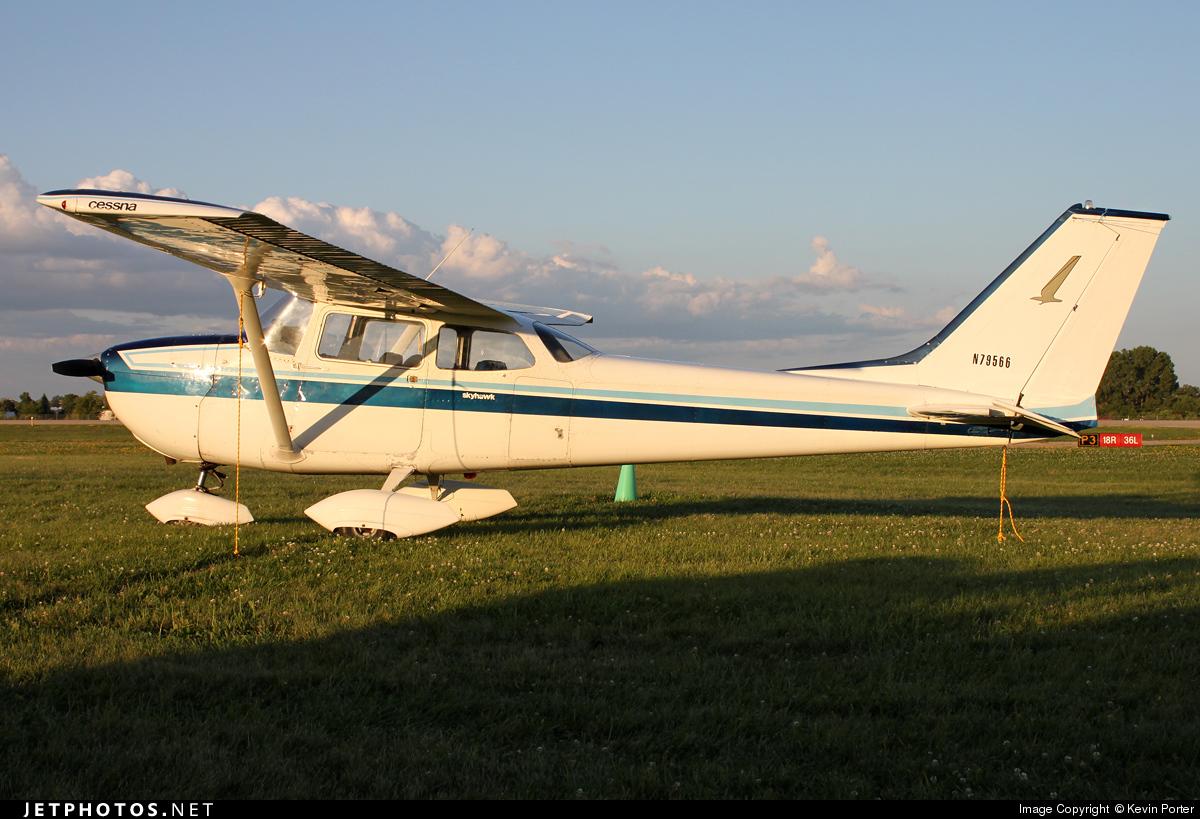 N79566 - Cessna 172K Skyhawk - Private