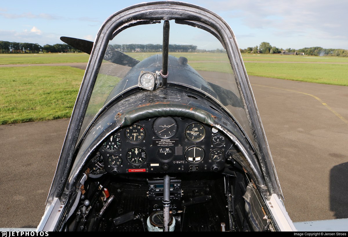 G-BWTG  - De Havilland Canada DHC-1 Chipmunk T.10 - Private