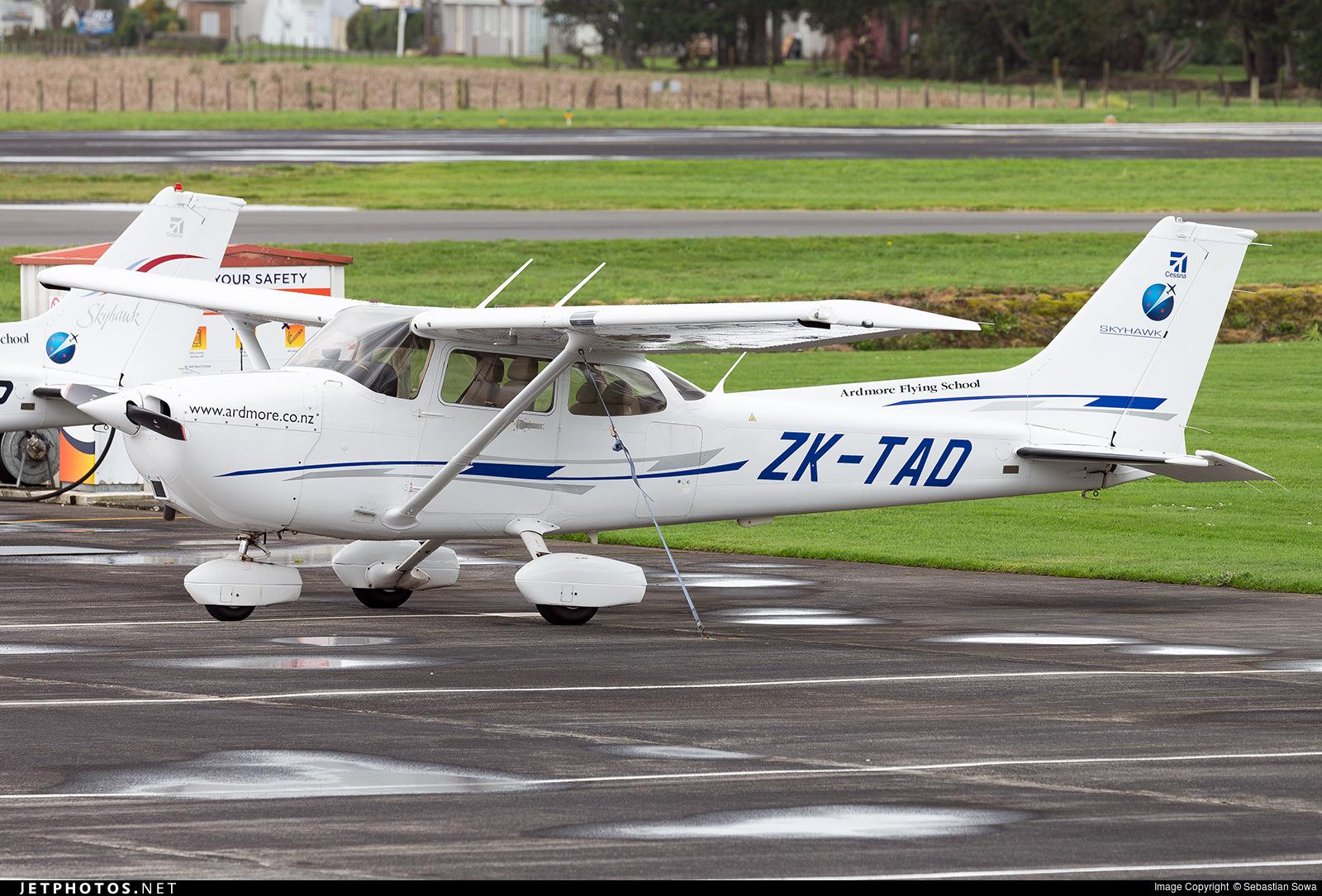 ZK-TAD - Cessna 172R Skyhawk II - Ardmore Flying School